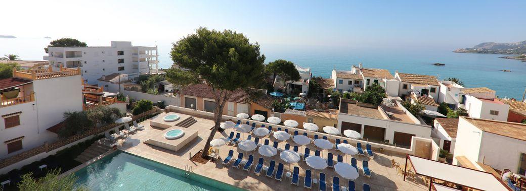Hotel clumba mallorca club blaues meer reisen for Gunstige designhotels