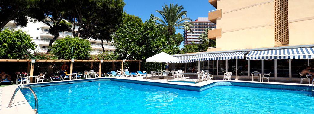 Hotel honderos mallorca club blaues meer reisen for Top design hotels mallorca