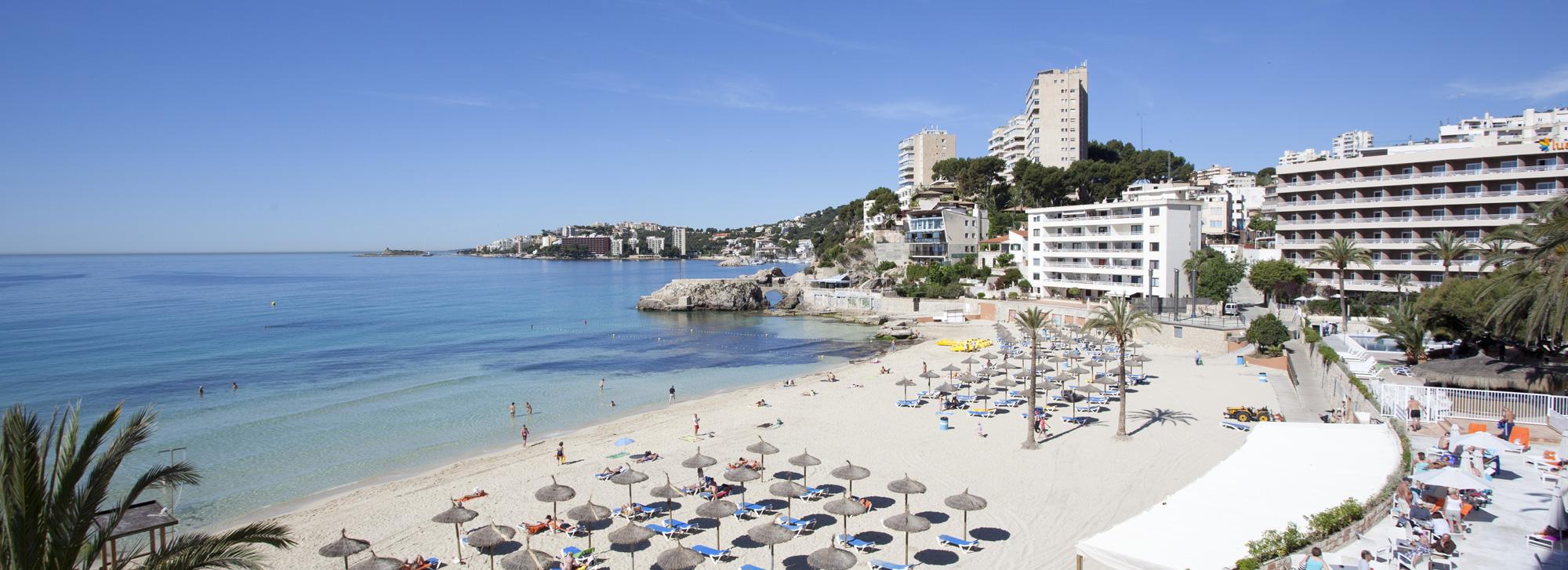 Cala major mallorca club blaues meer for Designhotel am strand