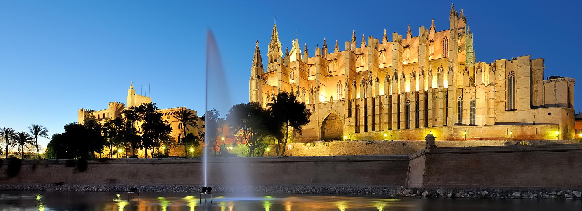 Palma stadt mallorca club blaues meer for Gunstige designhotels