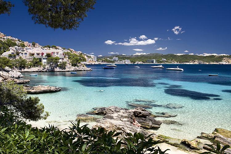 Hotel Cala Fornells Mallorca Club Blaues Meer Reisen