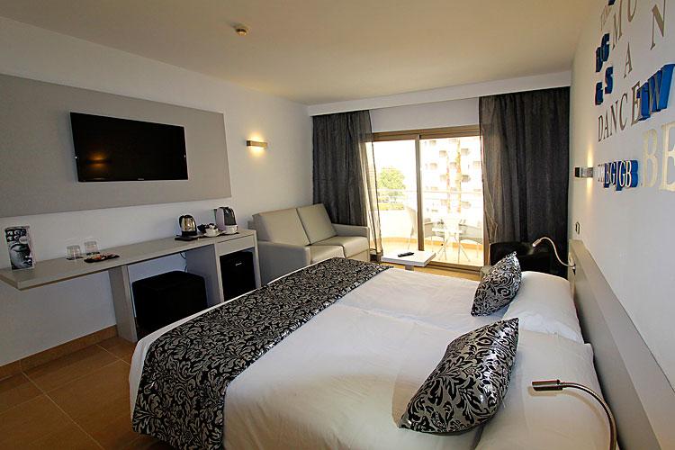 Flug Und Hotel In Pamplona
