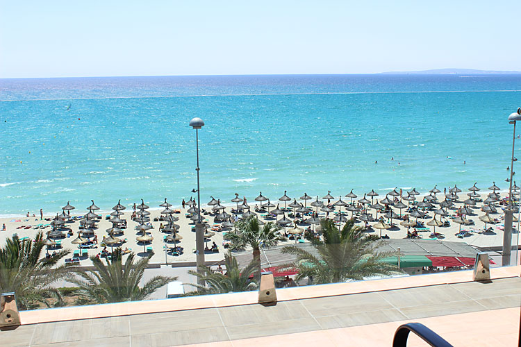 Hotel negresco mallorca club blaues meer reisen for Designhotel am strand