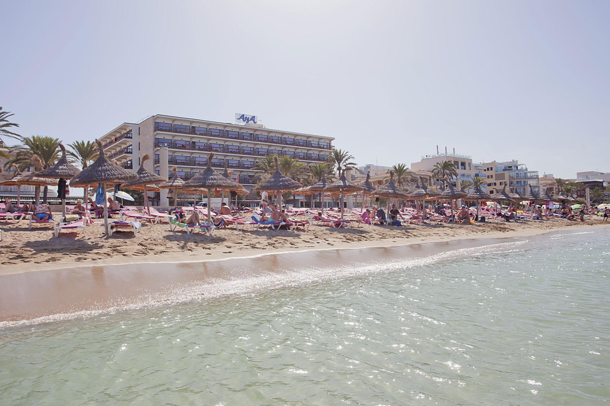 Aya playa de palma mallorca club blaues meer reisen for Design hotel mallorca strand